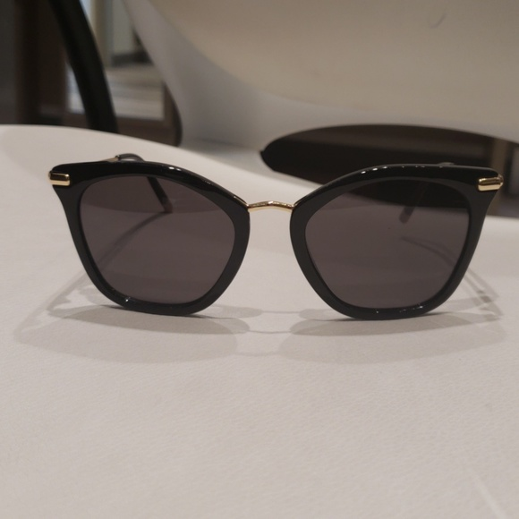 f544b4e530bb Calvin Klein Accessories - Authentic Calvin Klein Sunglasses 1231S